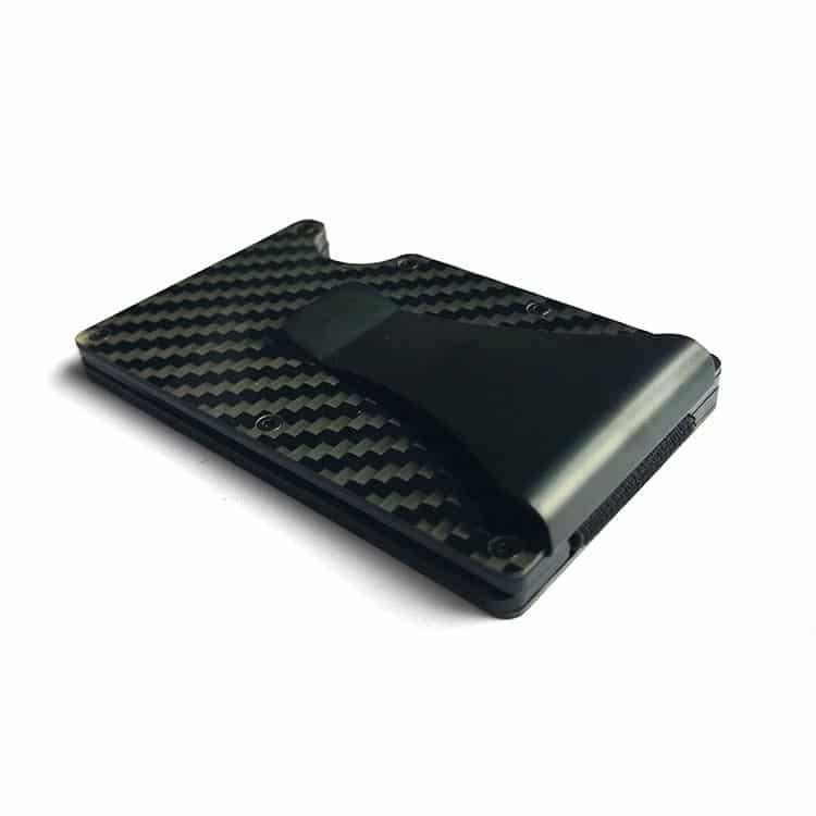 schwarzes rfid-blockierendes Portemonnaie mit Karbonstruktur in der Seitenansicht