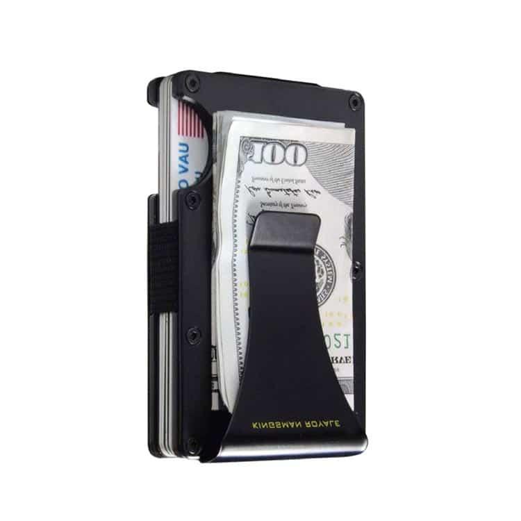 Schwarzes rfid blockierendes Portemonnaie mit Karbonstruktur mit seitlich angeklipptem Geld
