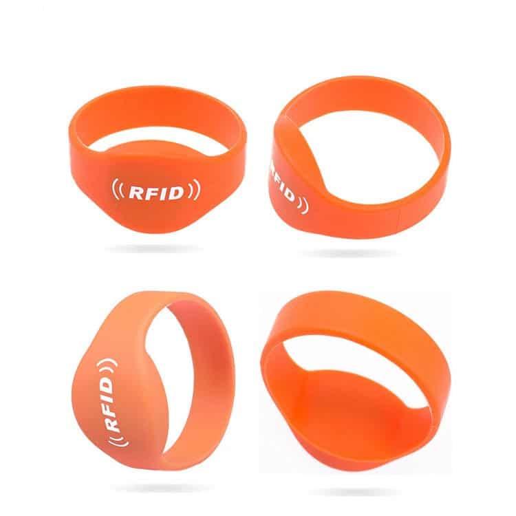 orangefarbenes Silikon-RFID-Armband aus verschiedenen Blickwinkeln