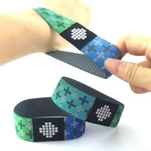 Hand dehnt elastisches RFID-Armband mit kundenspezifischem Design