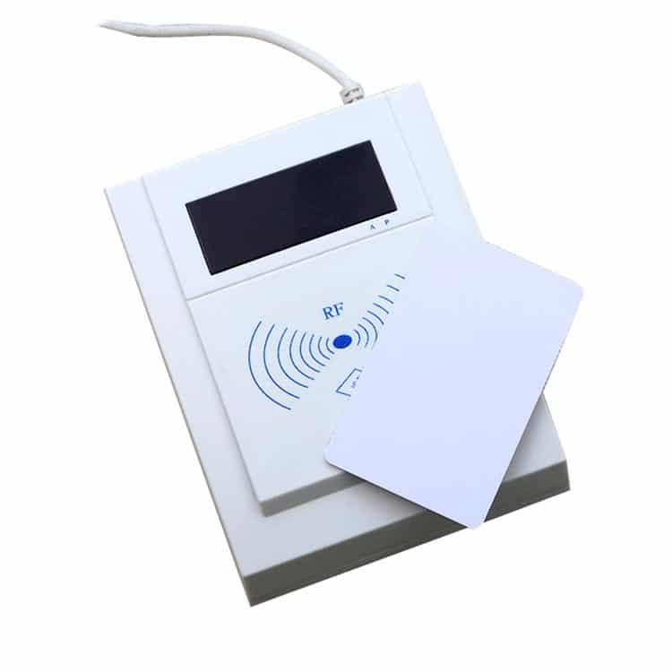 RFID Smart Card Desktop Lesegerät mit Chipkarte